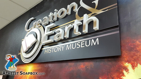201506_AAA_Atheists_at_CreationMuseum_14